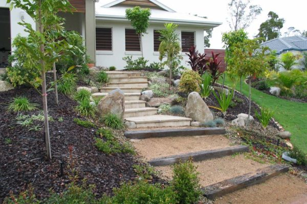 tom-robinson-living-landscapes-noosa-sandstone-sleepers-steppers-steps-stairs