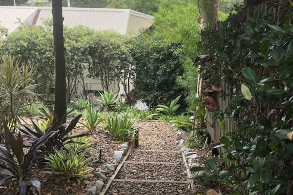 tom-robinson-living-landscapes-noosa-stone-stairway